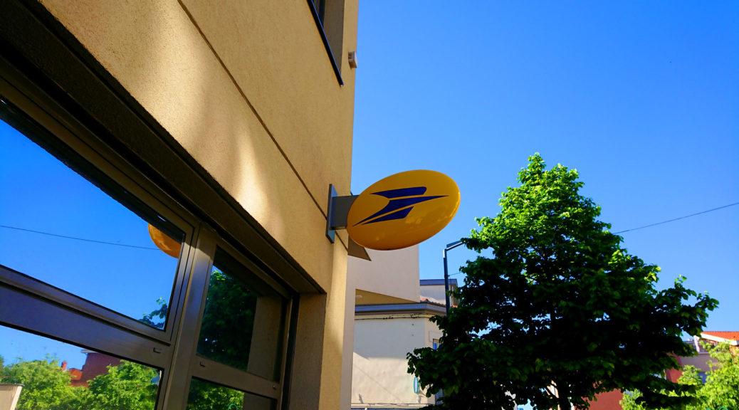 La Poste du Centre à Sainte-Foy-lès-Lyon.
